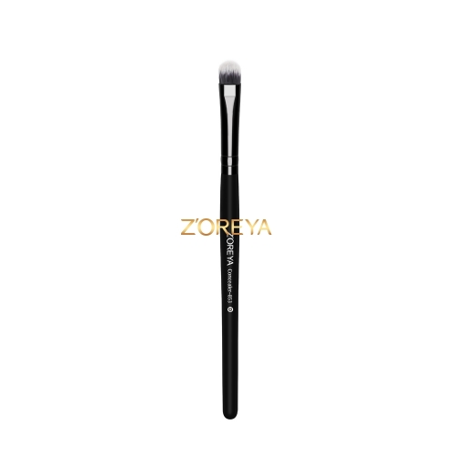 Classical black color  concealer brush
